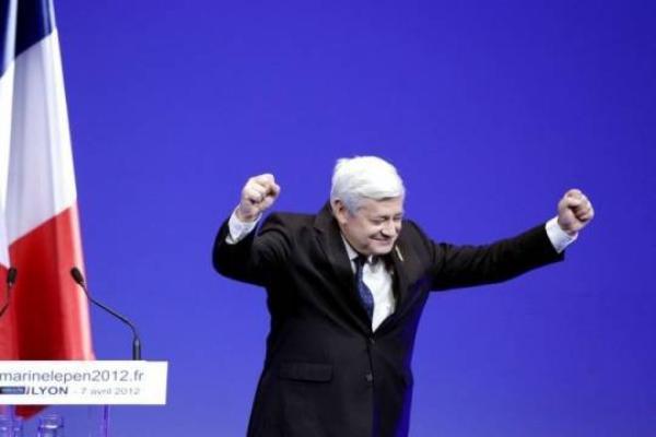 """Bruno Gollnisch : L'euro député du FN demande """" que les jeunes maliens vivant en France"""" participent au conflit !"""