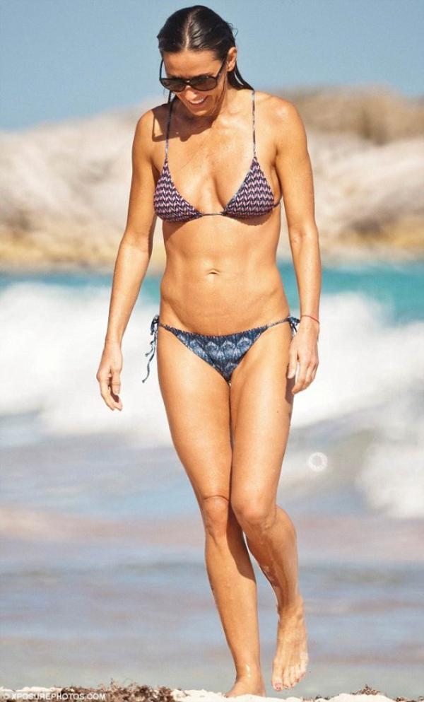 Demi Moore : A 50 ans, la star affiche une silhouette parfaite