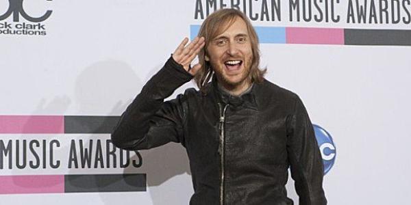 Découvrez le top 10 des chanteurs français qui ont gagné le plus d'argent en 2012