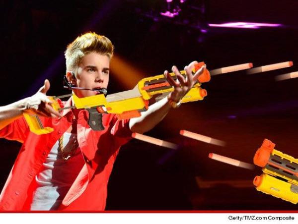 Justin Bieber : Accusé d'avoir tiré avec une arme à feu sur une femme !