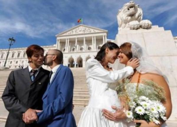 Mariage Gay: Les recours au Conseil constitutionnel dévoilés par Le Figaro