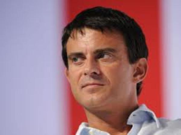 """Manuel Valls: Il rappelle que les maires refusant de marier des couples homos s'exposent à des """"sanctions importantes"""""""