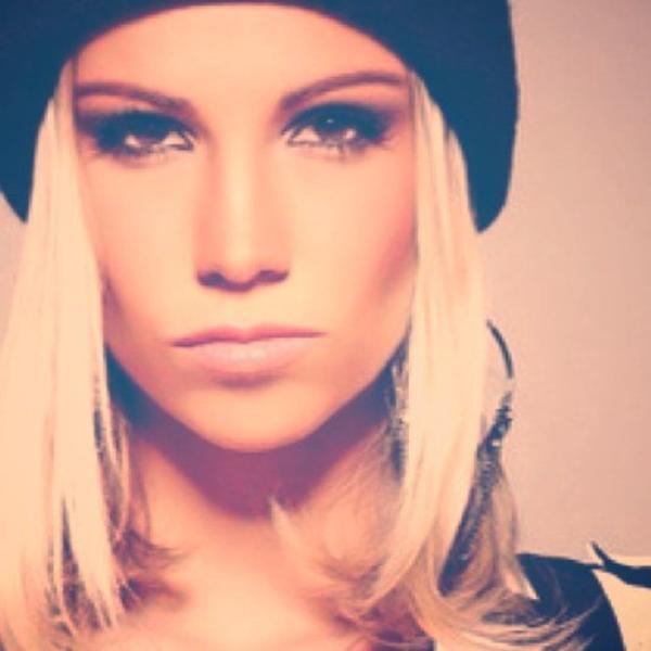 Alexandra Rosenfeld: L'ex Miss France clash violemment Zahia Dehar