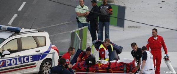 Déraillement du train à Brétigny-sur-Orge: des équipes de secours caillassées