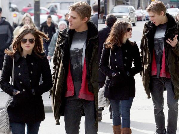23/02 Lucy se baladant dans les rues de Vancouver avec son Boyfriend Chris Zylka