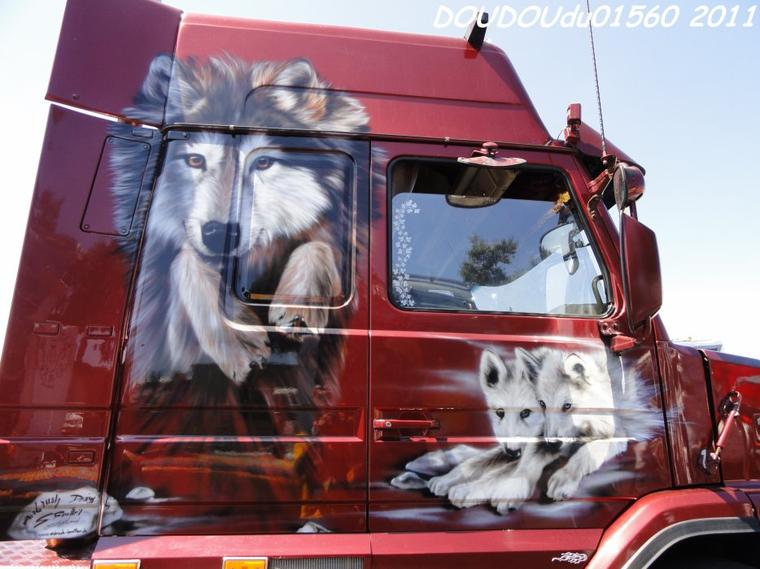 Scania 144L 530 V8 et Scania T 143H 500 V8 TransRapid - Magny Cours 2011