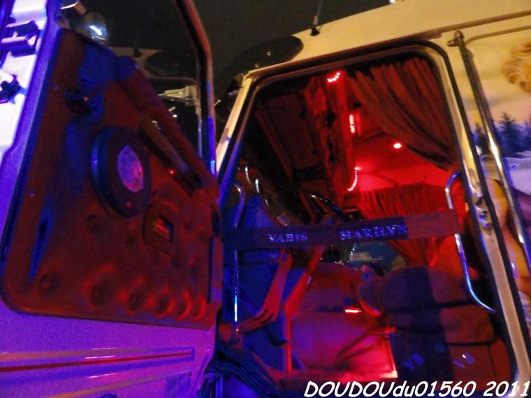 Scania 143 500 V8 Sanchotrans - 24h du Mans 2011