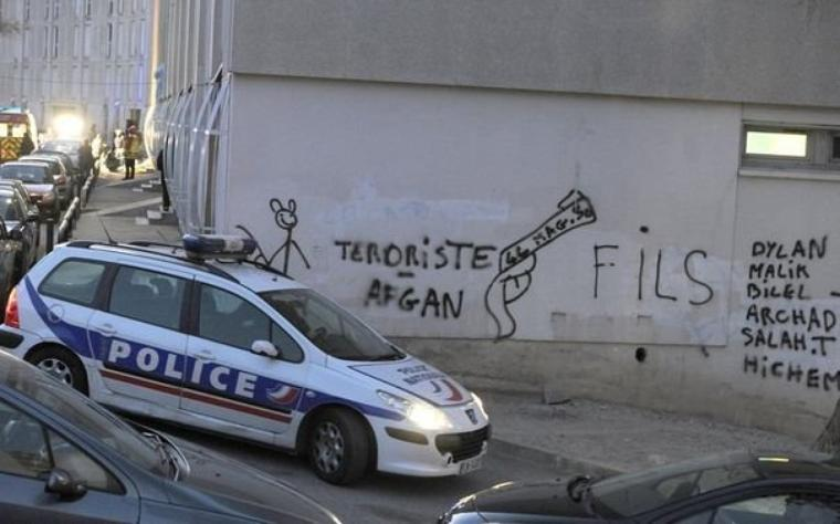 La Castellane et la bricarde , CITés BOUILLANTE !!