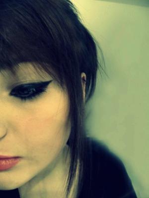 Je trempe mes yeux en espérant que tu vas crier mon nom ,     Je te ferais mourir d'amour