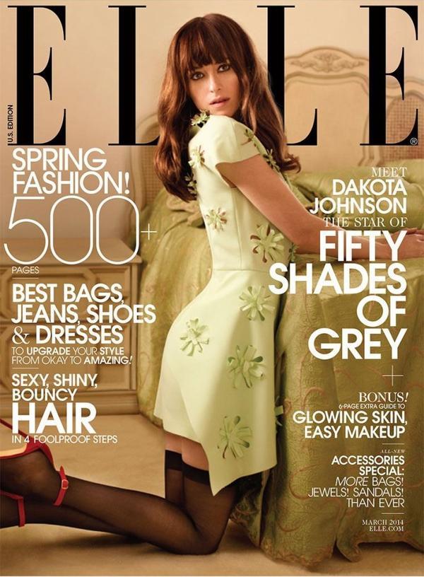"""Dakota faisant la couverture du magasine """"ELLE"""" du mois de Mars."""
