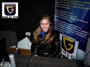 """Tanya Wall dans : """"Les Etoiles de BES"""" sur Gold FM - 23.02.2011 - Première radio !!!"""
