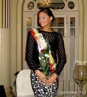 """Tatiana Silva, après """"Miss Belgique"""" 2005, la voilà """"Miss Météo"""" de la RTBF"""