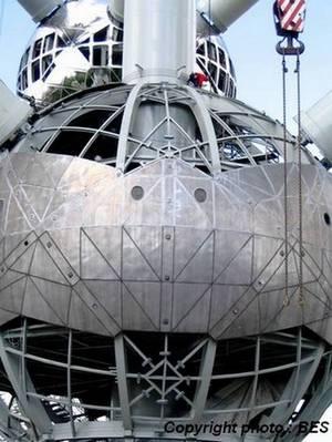 L'Atomium a le vent en poupe - Suite