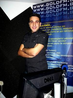 """Zaak Tanjawi dans : """"Les Etoiles de BES"""" sur Gold FM - 06.04.2011"""