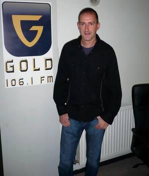 """Frédéric Dessard dans : """"Les Etoiles de BES"""" sur Gold FM - 01.06.2011"""