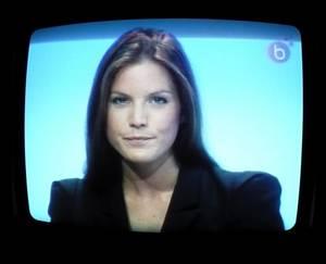 """Marine Hubert 25 ans : Le nouveau """"charmant"""" visage de l'info de TELE BRUXELLES !!!"""