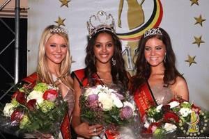 """Miss Belgique 2012 dans : """"LES ETOILES DE BES"""""""