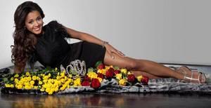 Inscris-toi pour Miss Belgique 2013 !!! Et tu vivras comme LAURA un conte de fée...