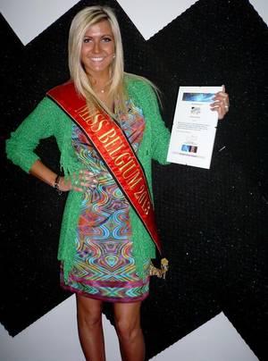 Noémie Happart : Miss Belgique 2013, reçoit les honneurs des Etoiles de BES