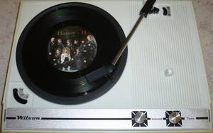 Hanny - D en mode vinyle et 33 tours, vous avez dit rétro ?