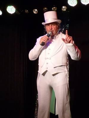 Qui est ce mystérieux homme au chapeau ? Jeu sur GOLD FM avec BES