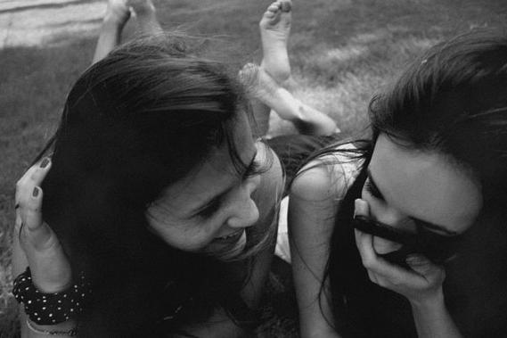 """""""Je connais la rage qui te pousse et étouffe le chagrin au point qu'un jour tu te surprends a souhaiter que la persnne aimée n'est jamais existée."""""""