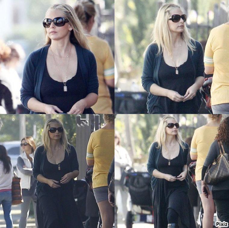 Sarah se baladant dans les rues de Los Angeles Lundi !