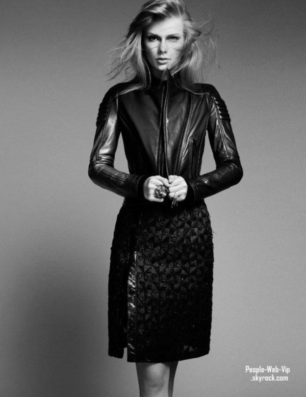 """TAYLOR SWIFT En couverture du magazine """" Harper's Bazar """""""