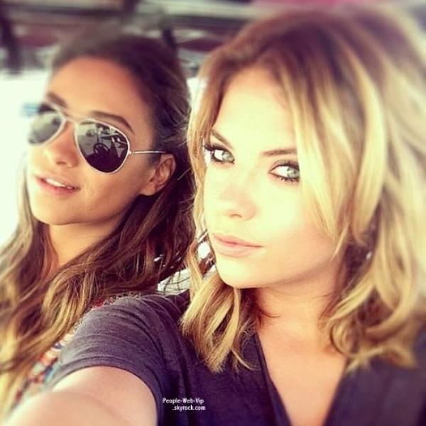 PHOTOS TWITTER DE LA SEMAINE : Vanessa Hudgens, Jessica Alba, Ashley Benson, Miley Cyrus, Rihanna et Jessie J !