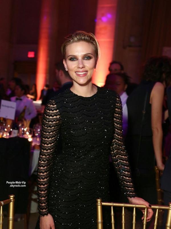 Scarlett Johansson se serait mariée en secret avec son fiancé, le Français Romain Dauriac  au mois d'octobre après a voir donné naissance début septembre à une petite fille, Rose, dont Romain Dauriac est le père.