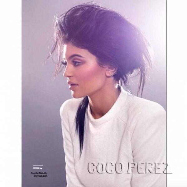 """Kylie Jenner pose dans le nouveau magazine """"Remix"""" pour l'édition """"Beauty & Luxe Edition"""" Qu'en pensez vous?"""