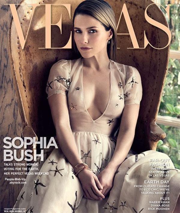 Sophia Bush orne la couverture du magazine Vegas. Pour son photoshoot, Sophia pose avec les marques Dolce & Gabbana, 3.1 Phillip Lim, Max Mara, Burberry et Donna Karan. Qu'en pensez vous?