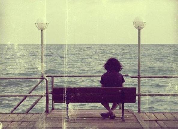On finit tous par s'habituer, alors moi aussi je m'habituerai à ton absence et je t'oublierai.