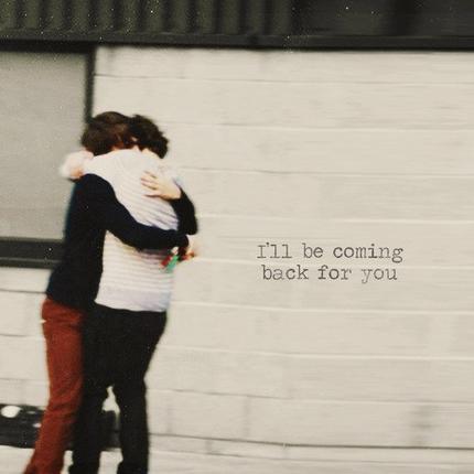 Ne me laisse pas.