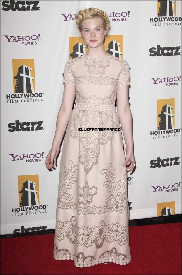 24 Octobre : Elle était au Hollywood Film Awards à Beverly Hills pour aller chercher son Hollywood Spotlight Award !