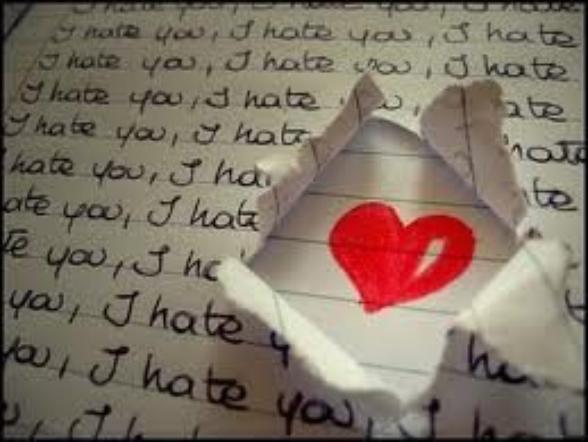 Si je dois mourir, je veux mourir les yeux ouverts,  Pour pouvoir te regarder,  Et voir dans tes yeux,  Une larme coulée,  Je veux mourir avec un sourire,  En pensant qu'un jour on sera enfin réuni...  Pour la vie...