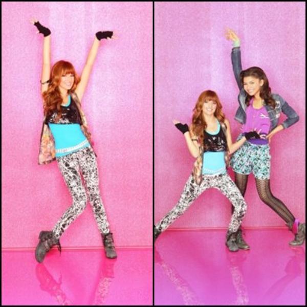 """Voici le Photoshoot pour la promotion de la saison 2 de """"Shake it up"""" ! Moi perso j'adore les photos, vous pouvez aussi découvrir une photo de Zendaya et sa famille ! :) Question Tenue : TOP ou FLOP ? Pour Moi TOP ! :)"""