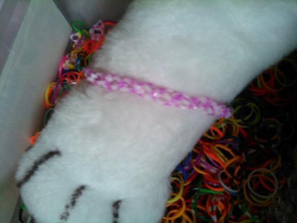 Aujourd'hui j'ai fais des bracelet Crazy Loom