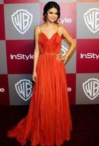 """Selena Gomez: """"Look de Selena Gomez : Ses plus belles tenues sur le tapis rouge"""""""