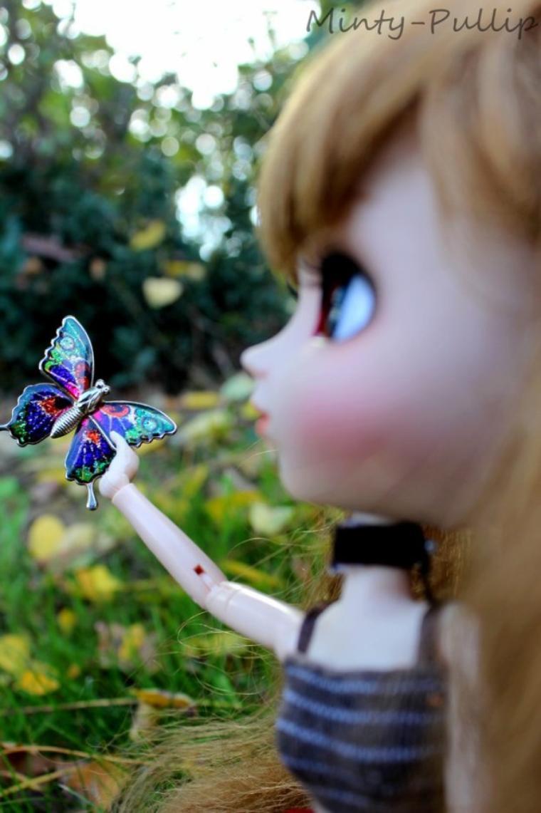 Délicate comme l'aile d'un papillon.