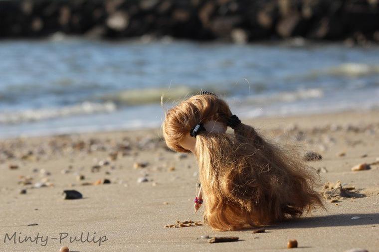 Ce qui est écrit sur le sable,les vagues finiront toujours par l'effacer.