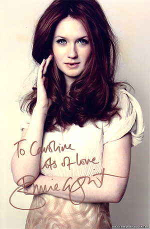 Article 14 - ♥ Bonnie WRIGHT (Ginny WEASLEY) ♥