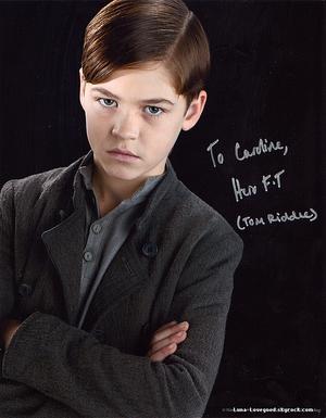 Hero Tiffin Fiennes - (JEUNE TOM JEDUSOR dans Harry Potter et le prince de sang mêlé)