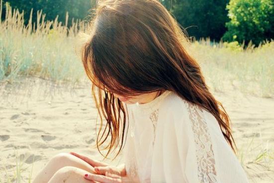 Le sourire que j'ai sur les lèvres cache la douleur que j'ai sur le coeur...♥