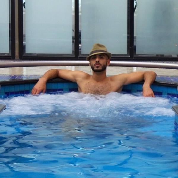 Jaccuzi party with Omar