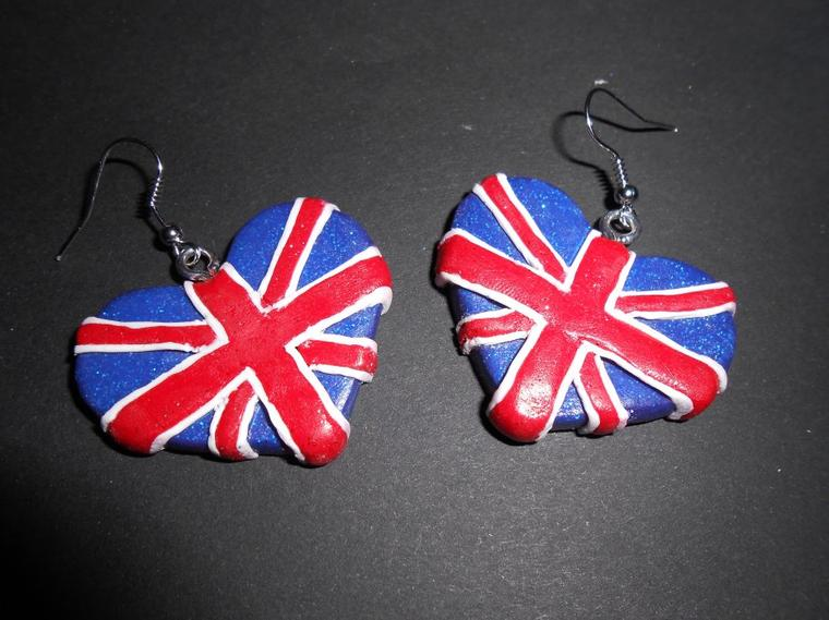 Boucles d'oreilles London.