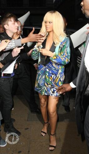Rihanna quitte les studio BBC 1