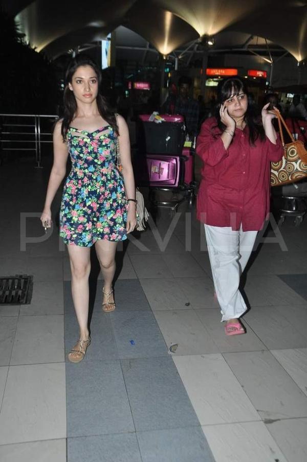 Akshay Kumar & Tamannaah return from Goa