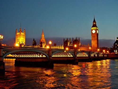 Chapitre 1 : Un an après...Londres