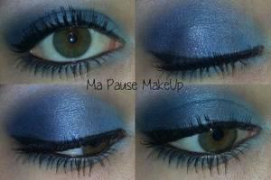 # Maquillage bleu